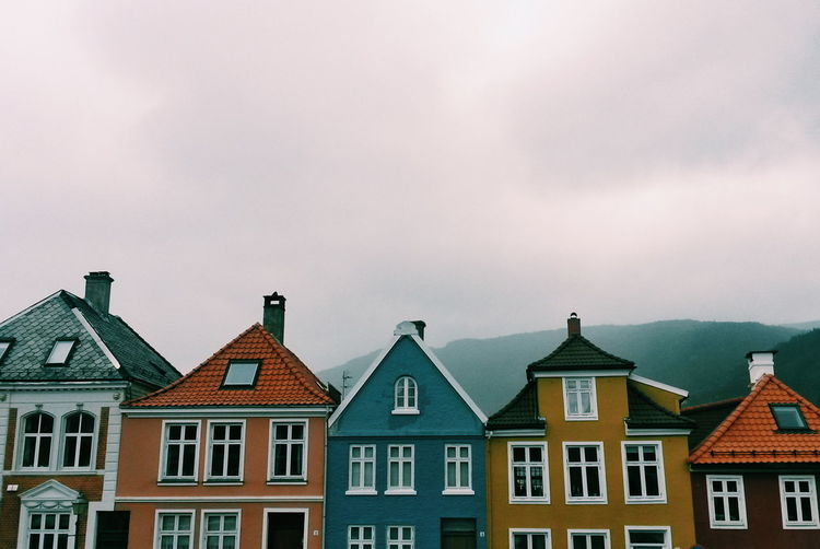 Architecture Norway Bergen Colorful Colorful Houses Row House Urban Skyline Housing Development Townhouse Foggy Chimney Romantic Sky Historic Fog Tiled Roof