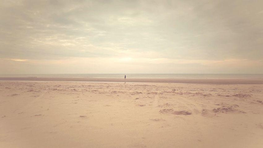 ᶜᴸᴱᴬᴿ ᵞᴼᵁᴿ ᴹᴵᴺᴰ Sunset Seascape Beach Photography Beachphotography Tadaa Community Sky Sea Land Horizon Horizon Over Water Scenics - Nature The Great Outdoors - 2018 EyeEm Awards Cloud - Sky Beach Tranquility Sand Beauty In Nature Water Tranquil Scene Nature Outdoors Dusk
