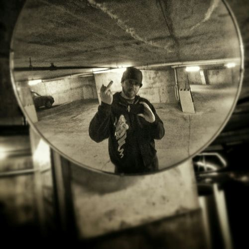 Selfie Urbex Gofuckyourselfie