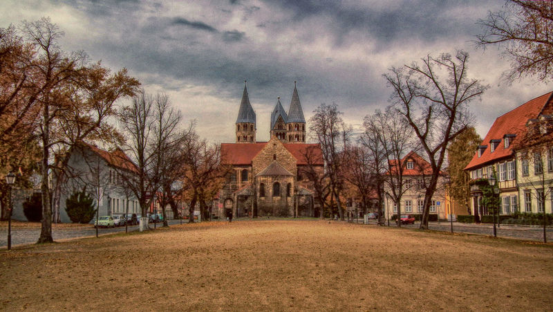 Halberstädter Domplatz Domplatz Halberstadt Spirituality Outdoors Architecture Building Built Structure History No People The Past