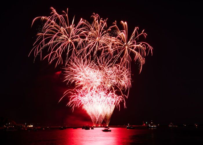 Image from the 2018 British Firework Championships over the harbour at Plymouth. British Firework Championship British Firework Championship 2018 Fireworks Fireworks Display Arts Culture And Entertainment Celebration Event Exploding Firework Firework - Man Made Object Firework Display Fireworks In The Sky Fireworks Photography Fireworks! Fireworksphotography Fireworks❤ Glowing Illuminated Light Long Exposure Motion Nature Night No People Sky