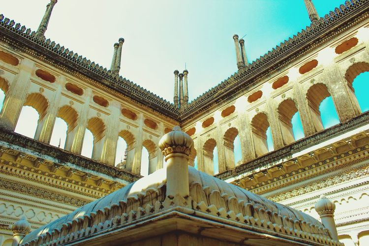 ancient architecture Paigah Tombs Hyderabad,India Hyderabad Monuments Telanganatourism Eye4photography  EyeEm Best Shots EyeEmBestEdits EyeEm Selects India_clicks City Sculpture Ornate Sky Architecture Historic Carving - Craft Product Architectural Column Historic Building History Civilization