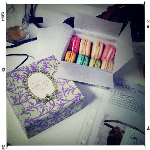 Shoot W14 L&L...La Duree macarons as accessoire...