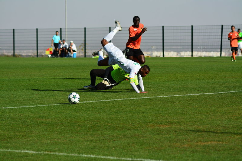 Friendly game between Raja casablanca vs cch Competition Competitive Sport Day Men Fifafanfest Playing Rajaclubathletic Real People Soccer Soccer Player Sport Sports Team Sportsman Team Sport First Eyeem Photo Fairplay Action Football Fever Casablanca Morocco Fight