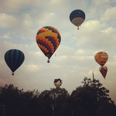 1st day at the Putrajaya International Hot Air Balloon Fiesta 2014 Putrajaya Malaysia Myballoonfiesta Iamalexchan baymile hotairballoon @liveitriskit