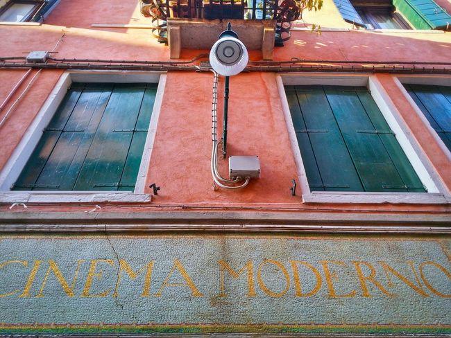 CINEMA MODERNO Venice Veneto Italy Travel Photography Travel Traveling Mobile Photography Old Movie Theaters Looking Up