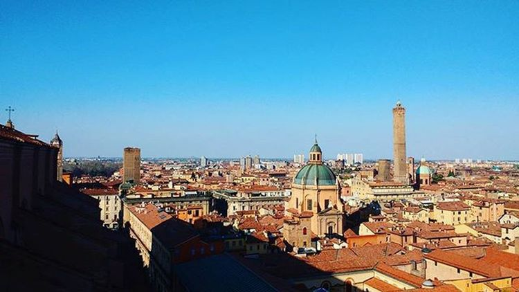 Not everybody knows that you can climb another Tower in Bologna that is not Torredegliasinelli . Just behind San Petronio Basilica there's an elevator and for just 3 euro you can get to the Terrace and see the city Fromthetop . The view from here is quite Ooc  . Visitbologna Labellabologna Lovebologna Panorama Landscape_captures Ig_bologna Bolognadallalto Joytourbo Bolognalarossa Tagsforlikes