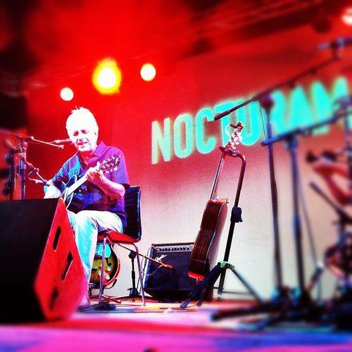 En el concierto de Kiko Veneno!! Gracias a ConciertosEnSvq y enlasuite