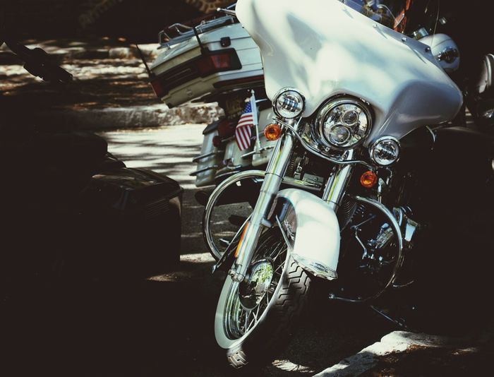 Live to ride. Ride to live. Harley Davidson. Transportation Mode Of Transport Motorcycle Stationary Bicycle Day Outdoors Tire Close-up Motorbike Cruiser Bikes Harleydavidson HarleyDavidsonMotorcycles Harley Davidson Harley