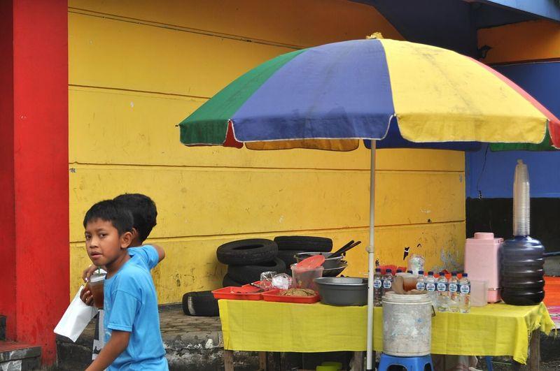 Indonesian Street Photography INDONESIA Street Photography EyeEm Indonesia Public Places EyeEm Best Shots - The Streets Maklumfoto Outdoors EyeEm Best Shots EyeEm The Streets The Week On Eyem