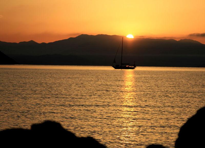 Corfu Sunrise #Sunrise #islandsofbeauty #joniansea #boat #beautiful #Island #photography #beachlife #Nature  #EyeEm #summer2018 #sky #yellow #reflections #sun #sunshine #colorful #Corfu #greece #Island