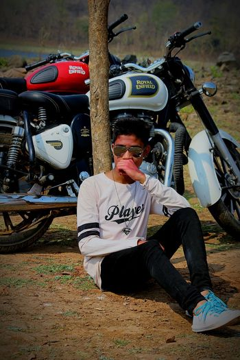 Royal Enfield Royal Enfield Bullet Goggles Player White Shoes Superb Fantastic Fantasy Model One Man Only One Person Only Men Mid Adult Front View Day Outdoors Sitting