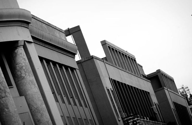 Architecture Building Exterior Built Structure Modern Business Finance And Industry Outdoors Façade No People Sky Canoneos Details Architecture Canonphotography Amateurphotography City Street Canon_offical Passionforphotography Canon_photos Canon_bw Canon_camera Canon1100d Canoneos1100D Canon_shoot Canon_official Exploring