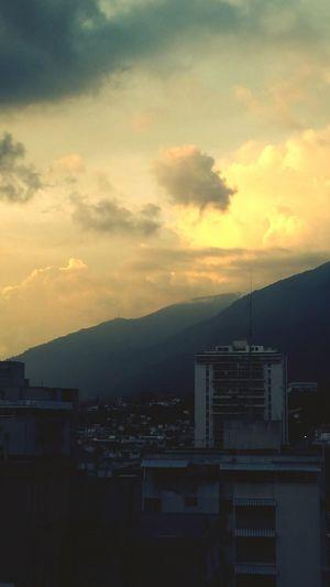 Caracas City CaracasNatural Caracas,venezuela Caracas A Tus Pies Mountains And Sky Mountainview El Avila .Caracas Venezuela