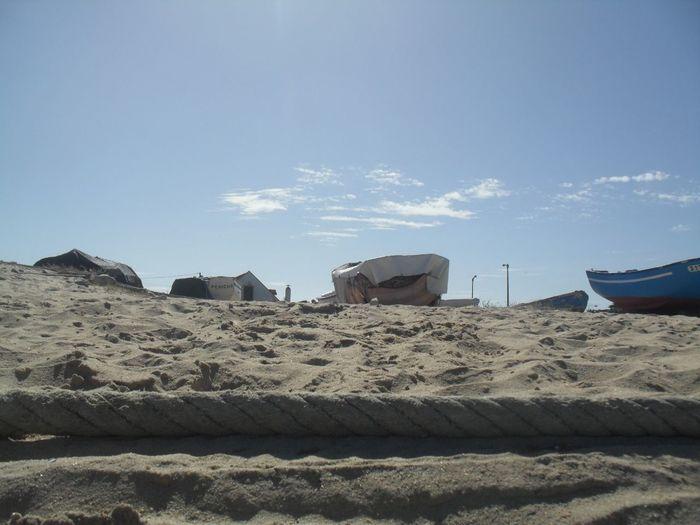 Rule Of Thirds At The Beach Sunny Day Boats Sand eu tirei esta foto no verão e nunca mais olhei para ela. Missing Summer