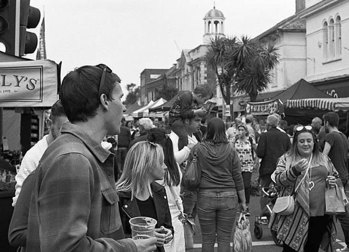 Kodak T-max 400 35mmfilmphotography Black & White Olympus OM2n Crowd Large Group Of People