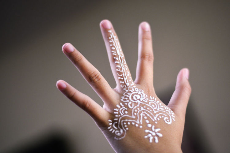 Body Arts Close-up Delicate Design Floral Floral Pattern Focus On Foreground Henna Henna Art Henna Design Human Finger Human Hand Indoors  Left Hand