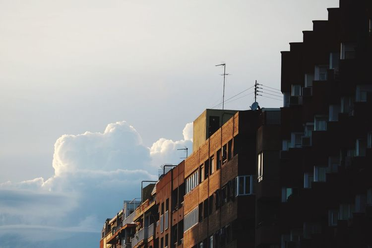Building Exterior Built Structure Architecture Sky Building Cloud - Sky No People City Low Angle View Residential District