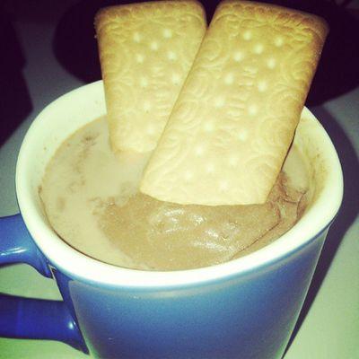 Vai um Chocolate Quente ai ?! ;)
