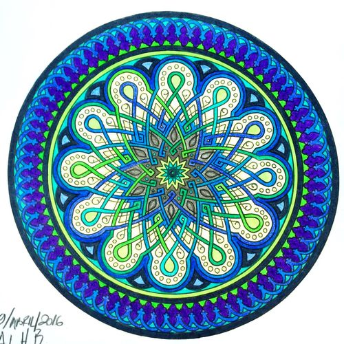 Hello World Relaxing Enjoying Life Peaceful EyeEm Nature Lover Coloreando Drawing Draw Mandala Coloring Coloring Mandalas!  Mandala Art ❤
