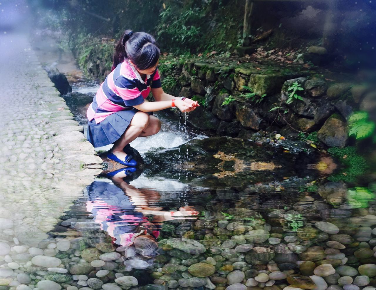 FULL LENGTH OF CHILD ON WATER