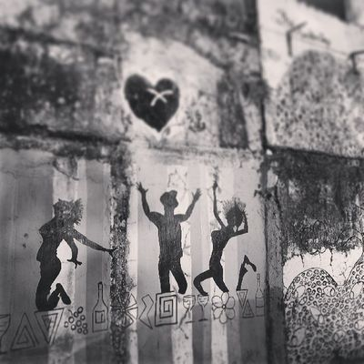 Instagram Mumbai Mumbaimag MumbaiPC igersmumbai instapicture instahub instacanvas streetscene streetart wallart graffitti
