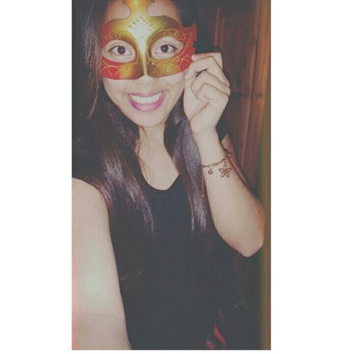 Happy :) Antifaz Girl