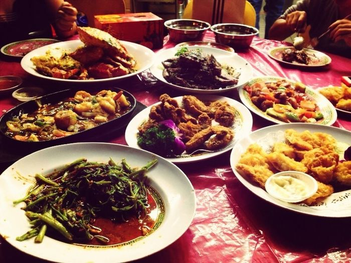 Dinner last night with teachers and friends. Singapore Asian Food Chinesefood Catchherfart