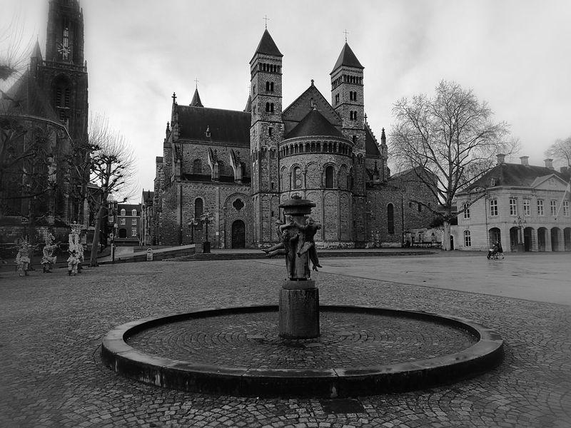 Sky Architecture Built Structure City No People Tree Outdoors Day Blackandwhite Photography First Eyeem Photo Monochrome Black & White City Street Maastricht Holland