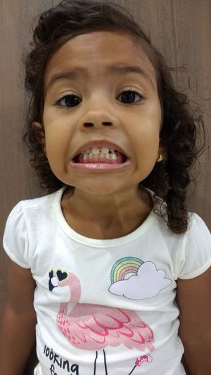 Child One Girl Only Children Only Human Body Part One Person Smiling Indoors  Close-up Girls Motog4 Maceió - AL