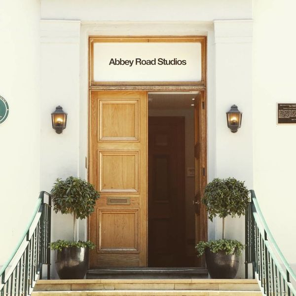 Door Entrance Architecture Luxury Wood - Material Built Structure Antique Doorway No People Day Vacations Outdoors Abbey Road Abbeyroadstudios The Beatles Recording Studio Building Exterior Cityscape Uk London Landmark Tourist City Travel Destinations Architecture EyeEm LOST IN London