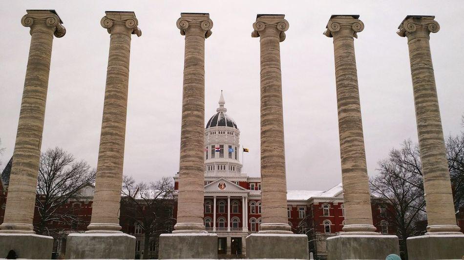 Mizzou!🐯🐯 University College Mizzou Missouri Tiger 😚 Campus Tour Famous Columns Snow Winter 6 Hour Drive In Total White