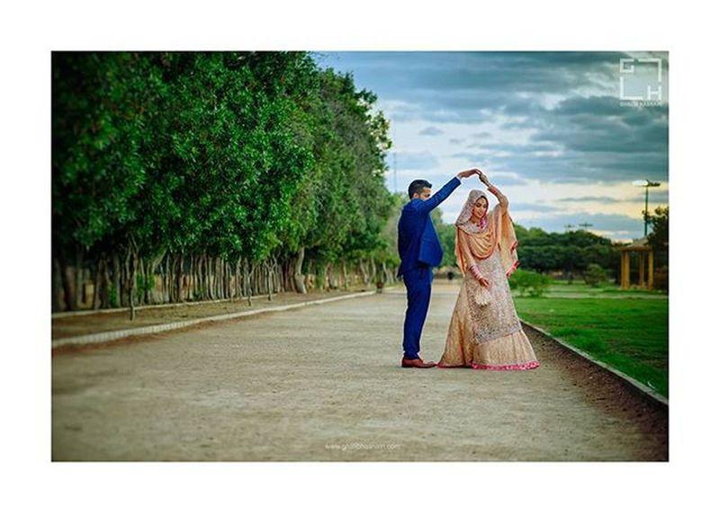 Beautiful Wedding Couple Shoot Ghalib Hasnain Photography & Films Weddings Ghalibhasnain Moments Smile Hapiness Weddingmoments Weddingshoot Karachi Wppi16