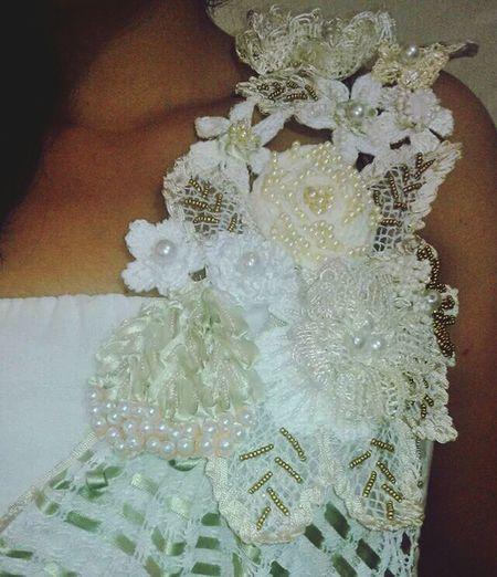 Bordados Artesanal Mexicano Vestido De Novia para mas informacion en facebook cristal del mar bordados