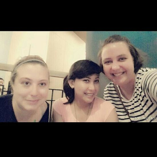 Latepost Instagram Viona_gathaway Shanoon Erin Friends Best  Happyday Coffee Starbucks