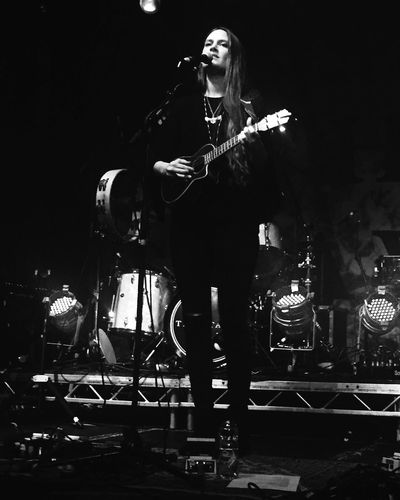 Taking Photos Band TheStaves Cardiff StudentUnion Learn & Shoot: Working To A Brief The Portraitist - 2016 EyeEm Awards Festival Season