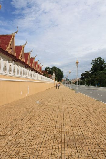 #cambodia #Phnompenh ##phnompenhstreet #flags #art #southeastasia #temple #buddhism