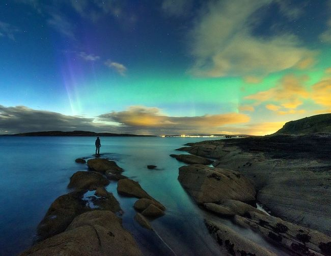 Extreme selfie time Aurora Tranquility Majestic Cold Temperature Beauty In Nature Nikon Scotland Sea Seascape Travel Destinations Seaside Astrophotography Scenics Tranquil Scene Tranquility Water Beauty In Nature Sky Winter Season  Beach Cold Temperature Vacations Travel Idyllic