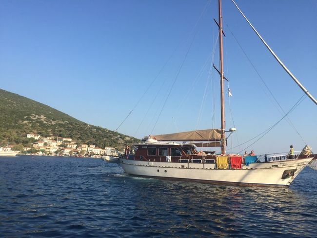 Nautical Vessel Transportation Mode Of Transport Boat Sea Water Day Outdoors Sailing Mast Yacht Sailboat Moored Travel Clear Sky Nature Waterfront Sky Vacations No People