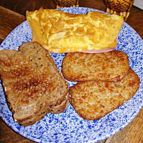 Food Breakfast Toast🍞 Omelette Hash Browns