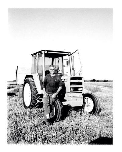 France Farm Portrait Oldpicture Polaroid Blackandwhite Traktor Harvest Grandpa