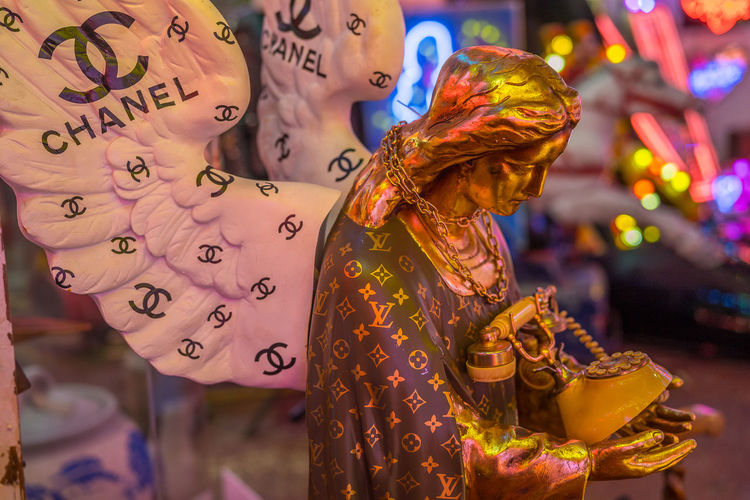 Neon signs and decorations at God's Own Junkyard in Walthamstow, London. Bright Chanel Colors Colourful Jesus Neon Signs City Lighting Neon Neon Lights Phone Urban Urban Lighting