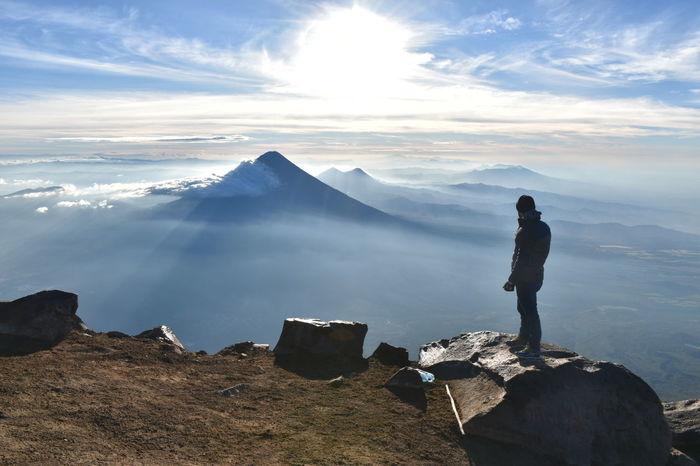 Desde la cima del volcán Acatenango, Guatemala Skyview Volcano Volcano Landscape Goodview Amazing View Guatemala Acatenango Nikon Amanecer Adventure