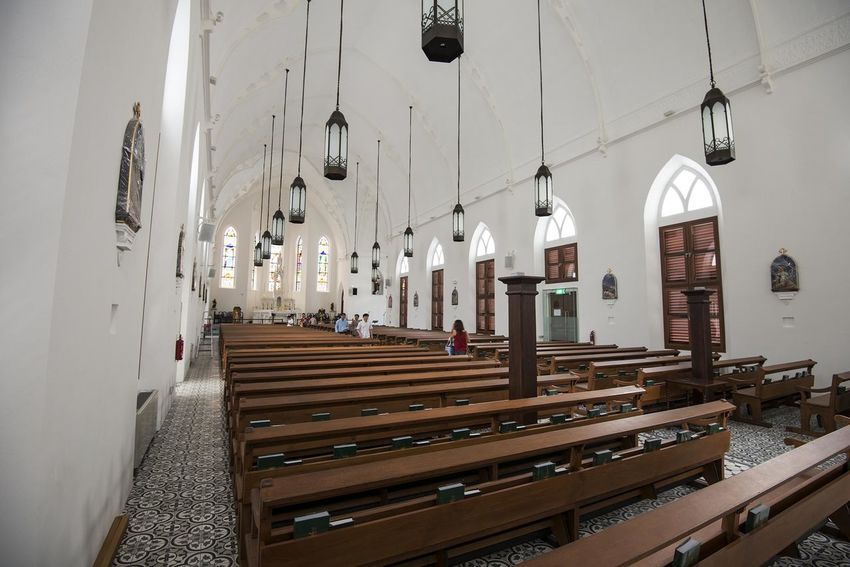 Church of St. Peter & St. Paul Architectural Column Architecture Built Structure Church Diminishing Perspective Indoors  Pews