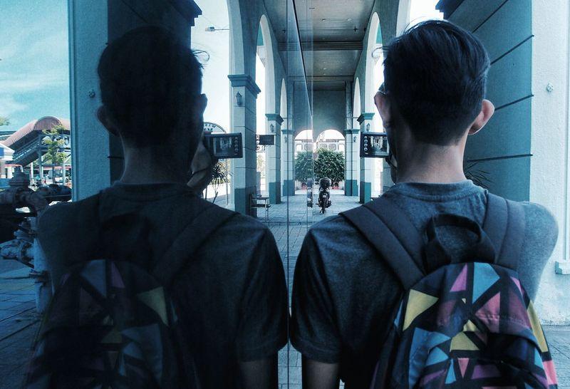 reflective Reflections Human Reflection_collection Darktones EyeEm Eyeem Market EyeEm Gallery