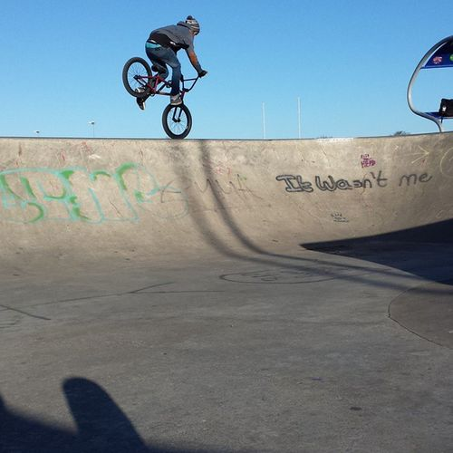 TBT  getting inside footjams! Bmx  Flybikeco Custombmx Bike Bmxmag Sunnydays Bmxallday