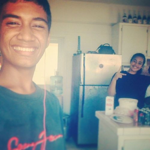 ; My unbilogical sister, which were making food for the toona'I today. . love her though. my palagi doii lmboooo_ Esther.paselika.turituri. MyMainSistahh KeigeUlavale Awesomesunday