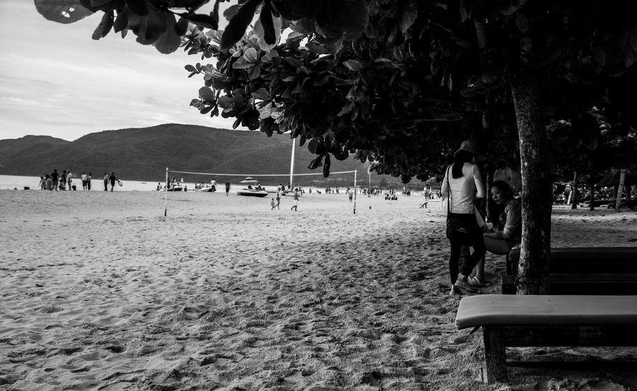 EyeEmSelect WeekOnEyeEm Beach Day Holiday Incidental People Land Leisure Activity Lifestyles Nature Plant Real People Sand Tree Women
