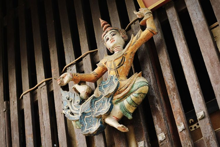 Thai traditional Culture And Tradition Thailand Culture วัฒนธรรม โขน ศิลปะ Pantomime Backgrounds Sculpture Statue Textured  Full Frame