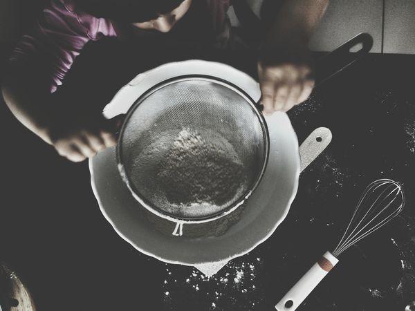 Kids Baking Baking Cake Flour Bowl Kitchen Tools Showing Imperfection Riddle